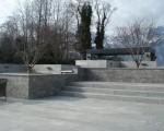 Brunnenanlage und Terrasse Wohnhaus Gamprin